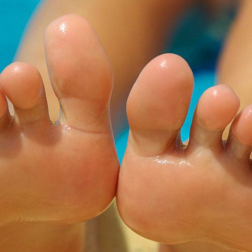 Tar du vare på føttene dine?